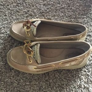 Sperry Boat Shoes (women's)